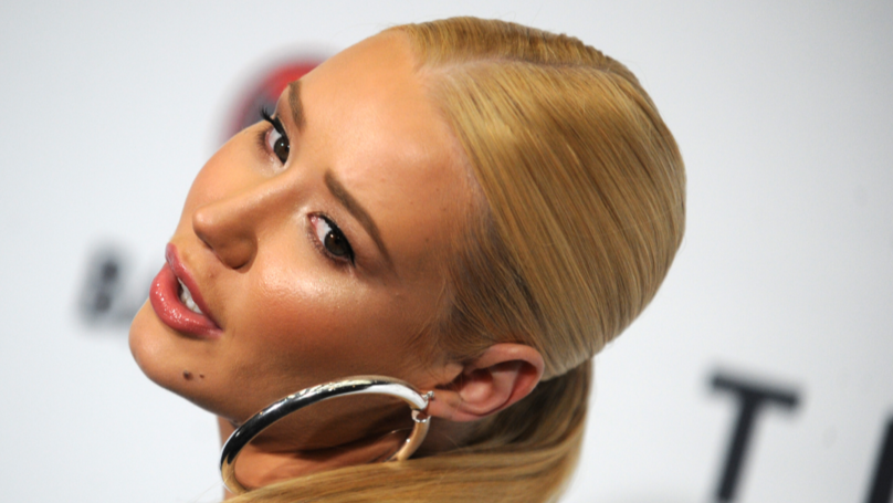​Iggy Azalea Advises Fan To Give The Gift Of 'P***y' On Valentine's Day