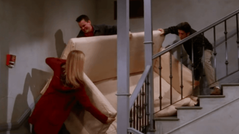 Courteney Cox Recreates Iconic PIVOT 'Friends' Scene IRL