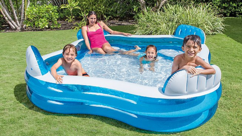 ASDA's £30 Sell-Out Pool With Four Seats Is Back For Summer