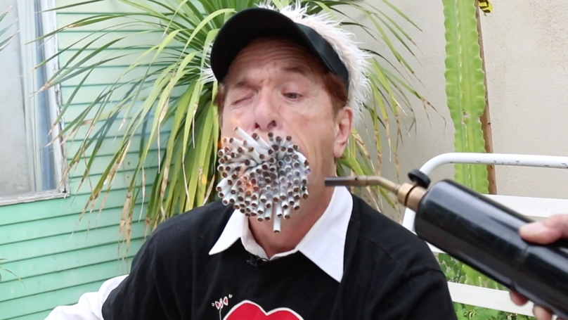 Man With Huge Mouth Smokes More Than 150 Cigarettes At Once