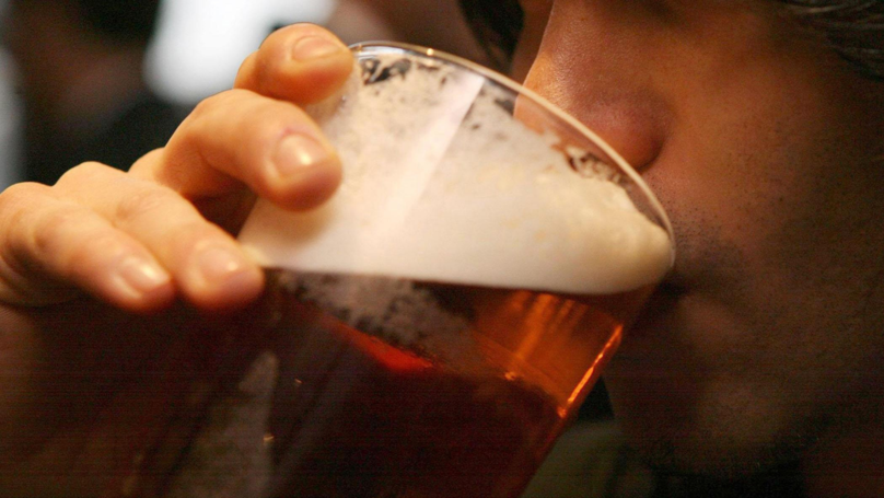 Samuel Smith's Pubs Have Banned Customers From Using Mobile Phones