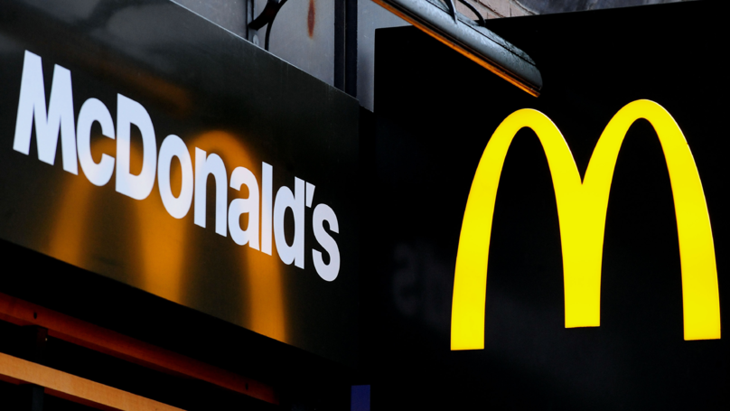 Teenage Girl Made To Eat Outside McDonald's In The Snow Because She Was In School Uniform