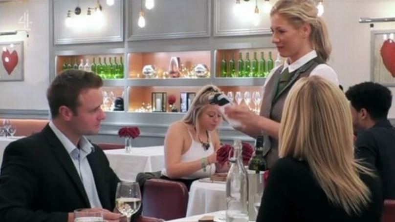 Public School Boy Brags About Lavish Lifestyle Before Having Card Declined On First Dates