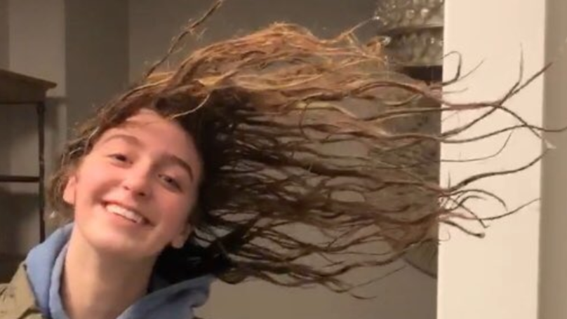 Girl Shows How Cold It Is In America Right Now With Her Frozen Hair