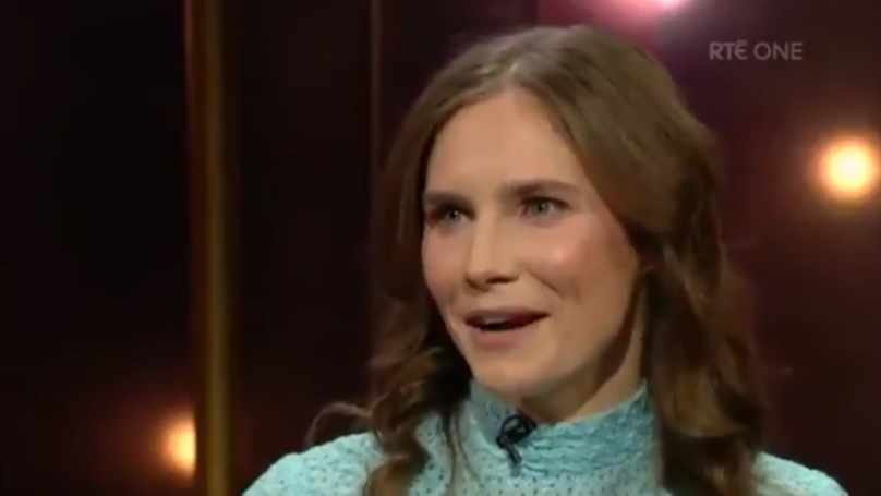 Amanda Knox Sings Irish Rebel Song In Weird As Hell TV Moment