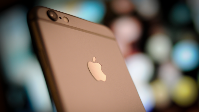 ​Apple Confirms Huge Conspiracy Theory About Iphone Batteries