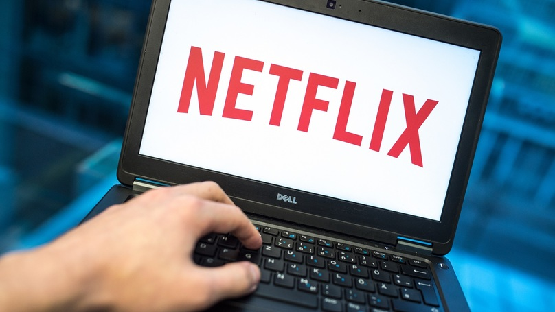​Netflix Urges Users Not To Take The P*** When It Comes To Sharing Accounts
