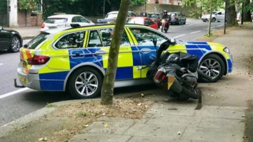 Metropolitan Police Release Video Of Officers Knocking Moped Thieves Off Bikes