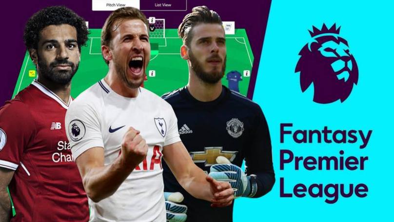 Mirror fantasy football prizes league