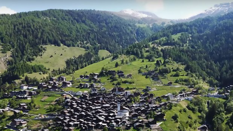 ​A Cool Swiss Mountain Town Is Offering Young People £50K To Live There