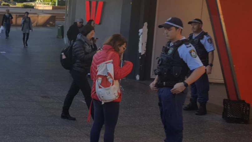 Sydney Police Fine More Than 100 People For Jaywalking During One Day Blitz