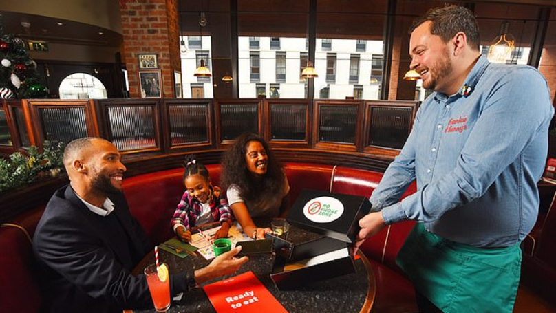 Frankie And Benny's Set To Introduce 'No Phone Zones'