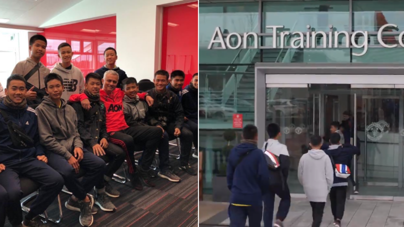 Manchester United Welcome Thai Youth Football Team Rescued From Cave