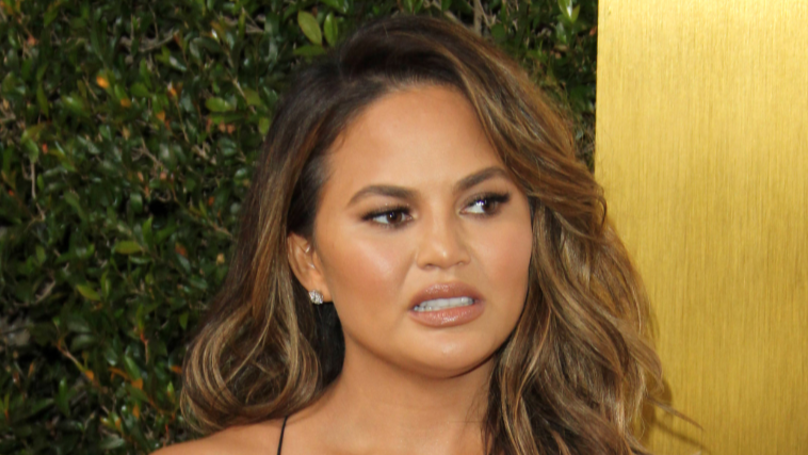 ​Chrissy Teigen Offers To Pay McKayla Maroney's $100k NDA Fine