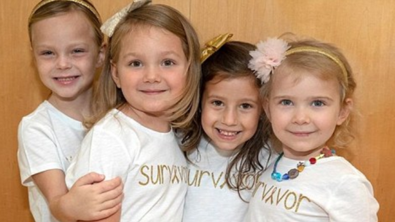 Four Little Girls Who Beat Cancer Pose In Hospital Where They All Met