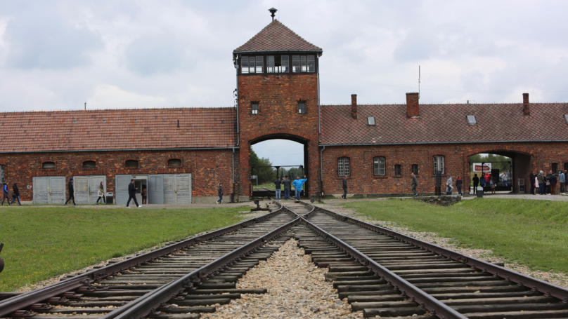 Horrific Notes Written Inside Auschwitz Have Finally Been Deciphered