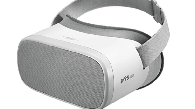 VR Headset Specially Made For Adult Content Could Be Yours In Time For Christmas