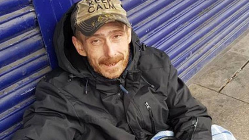 This Homeless Man Tracked Down A Stranger to Reunite Him With His Shopping