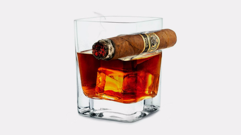 ​This Cigar Glass Is Genius And We Definitely Want It For Christmas