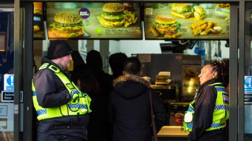 McDonald's Cuts Crime At Restaurant In London By Playing Classical Music