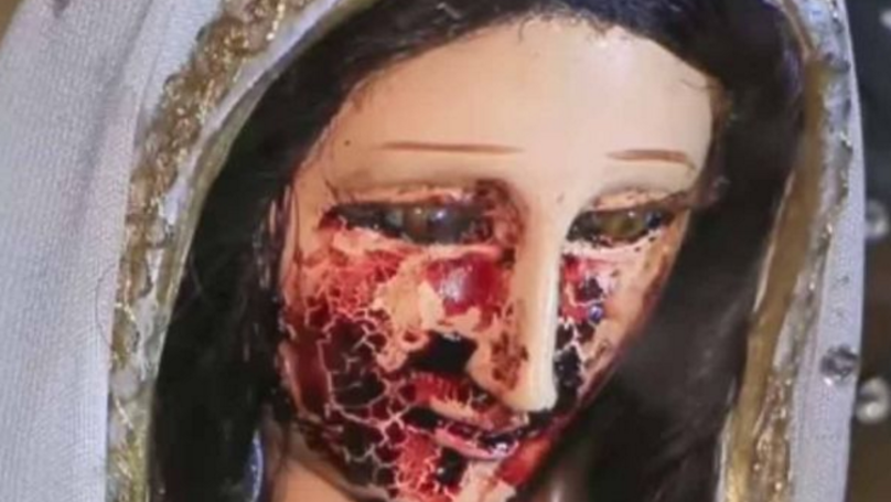 This Statue Of The Virgin Mary 'Cries Blood' And People Are Calling 'Miracle'