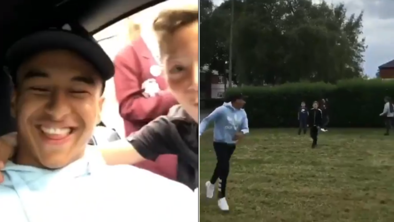 Jesse Lingard Has Kickabout With Local Kids After They Approach His Car