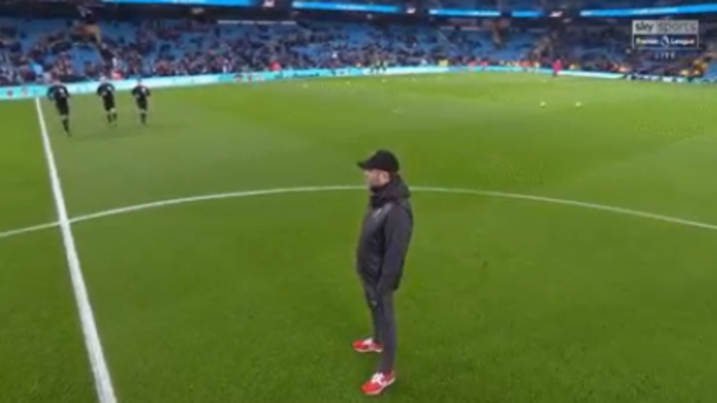 Jurgen Klopp's Bizarre Pre-Match Behaviour Ahead Of Loss To Manchester City