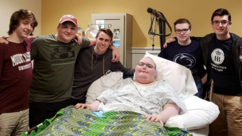 Online Gamers Meet IRL After One Falls Terminally Ill