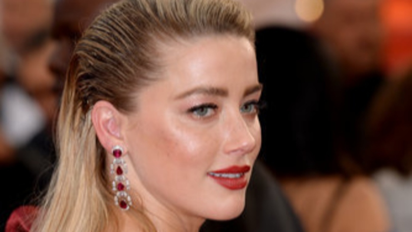 Amber Heard Calls iCloud Hack 'Devastating' While Discussing Revenge Porn