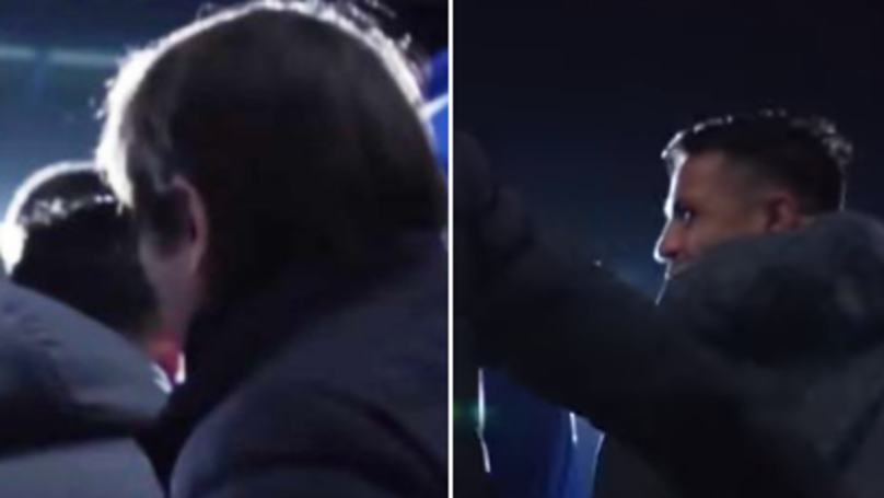 Everyone Is Talking About What Happened Between Antonio Conte And Alexis Sanchez