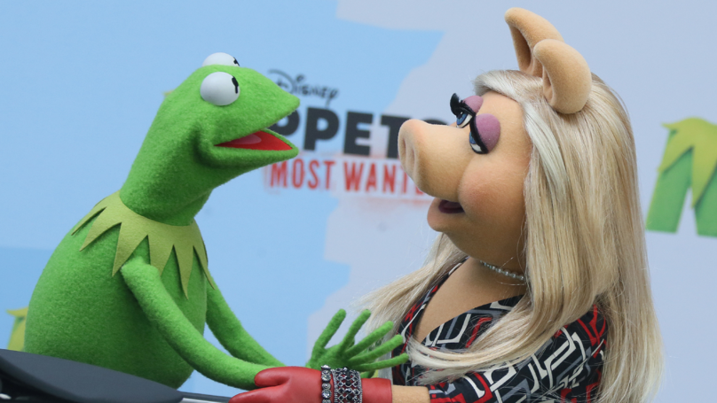 Kermit And Miss Piggy Are Done - And The Frog Has His Heart Set On Kylie Minogue