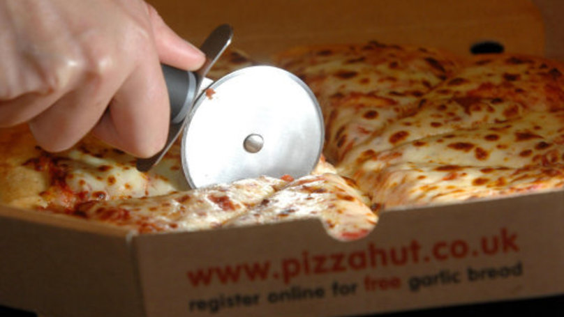 Some Clodpate Has The Audacity To Tell Us That We're Eating Pizza Wrong