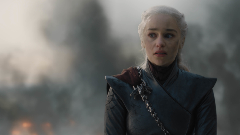 Game Of Thrones Fans Are Annoyed About Daenerys' Dramatic Plot Twist