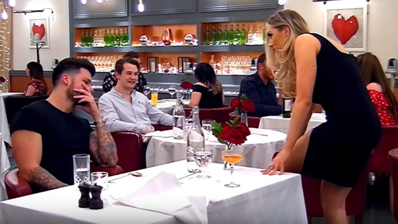 ​Woman On 'First Dates' Tells Man She's Been 'Scooped' By Aliens