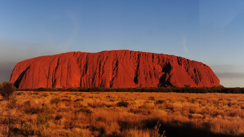 Hundreds Of Tourists Are Climbing Uluru Before Ban Begins