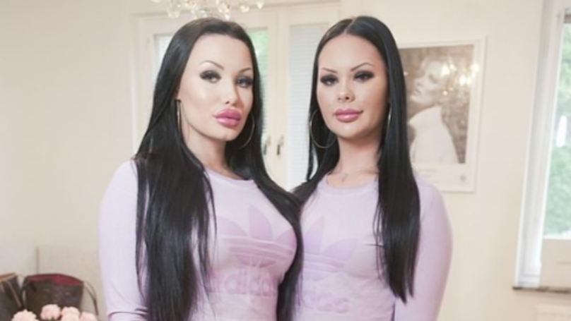 Two Pals Undergo Makeover To Look Like Twins