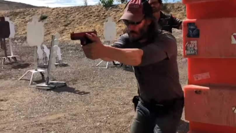 Keanu Reeves Trains With Navy SEAL For John Wick 3