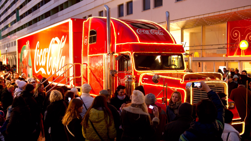 Coca-Cola Bus Spotted In London As The Countdown To Christmas Starts Early