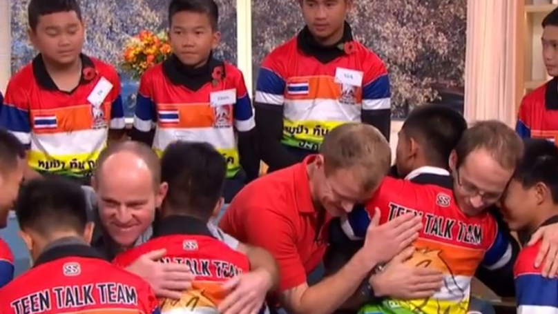 This Morning Viewers Touched As Thai Schoolboys Hug Rescue Divers On Air