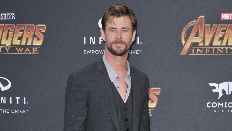 Chris Hemsworth Stops Off To Give Hitchhiker A Lift In His Helicopter
