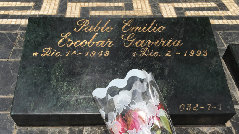 Tourists Are Filming Themselves Snorting Coke Off Pablo Escobar's Grave