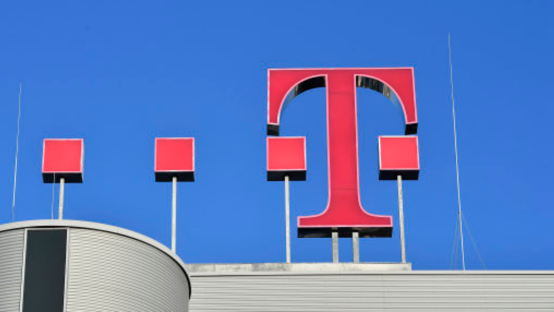 Woman Sues T-Mobile After Worker Found And Stole Her Sex Tape