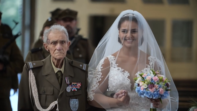 World War II Hero Dies Days After Walking Granddaughter Down The Aisle