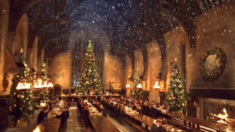 You Can Now Eat Christmas Dinner In The Hogwarts Great Hall