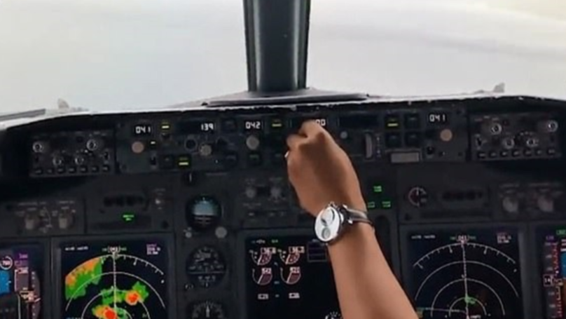 Footage From Cockpit Shows Moment Boeing 737 Crashed Into Pacific Ocean