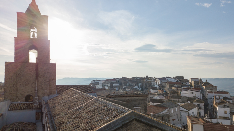Airbnb Wants To Pay For Someone To Live In Italy For Three Months