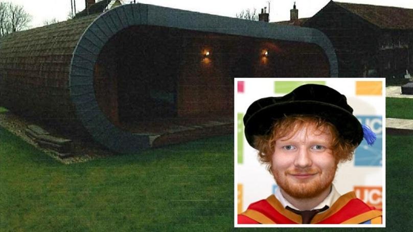 Track His Phone >> Ed Sheeran Has A Secret 'Hobbit-Hole' Recording Studio At The Back Of His Garden - LADbible