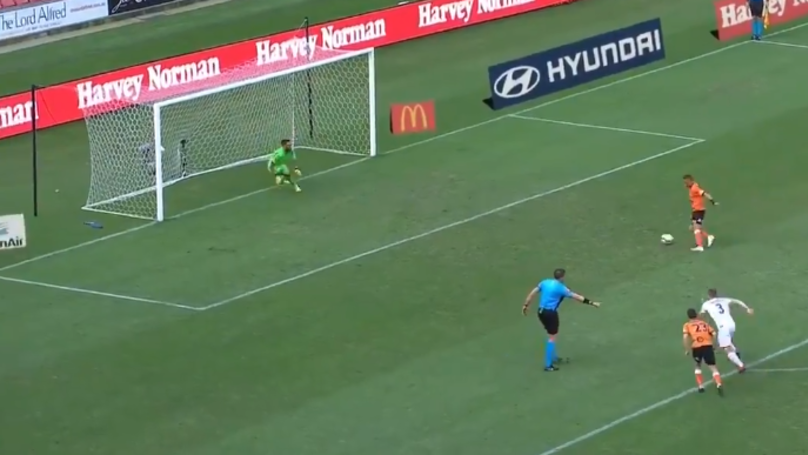 A-League Player Éric Bauthéac Pulls Off First Ever 'False Panenka' Penalty