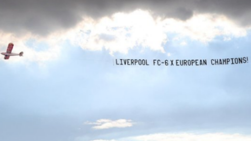 Liverpool Fans Hire Plane To Fly Over Manchester United's Training Camp In Perth