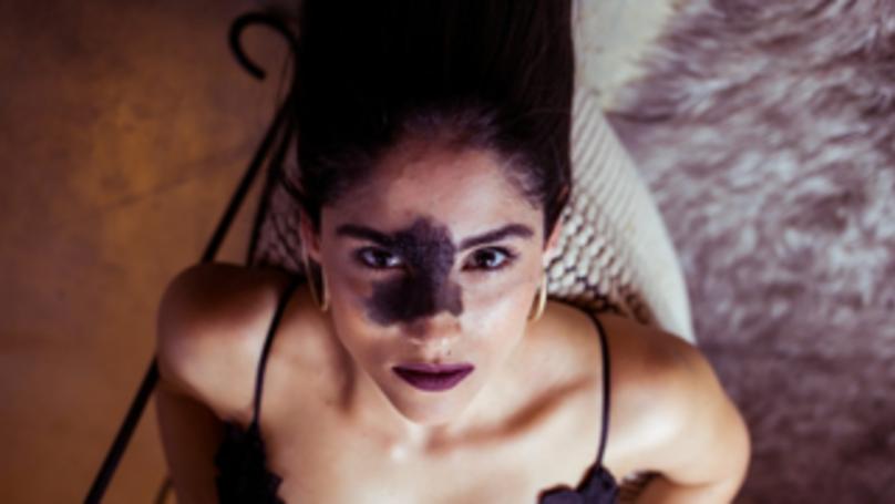 Brazilian Model Proudly Flaunts Unique Facial Birthmark